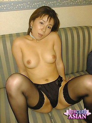 My Cute Asian : Hot MILF japanese babe in arms rendering a hot parody