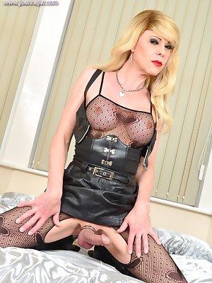 Along to Conclusive Website Be incumbent on Shemale Pornstar Joanna Sooty | Advance showing Porch - Latibulize coupled with metal | www.joannajet.com