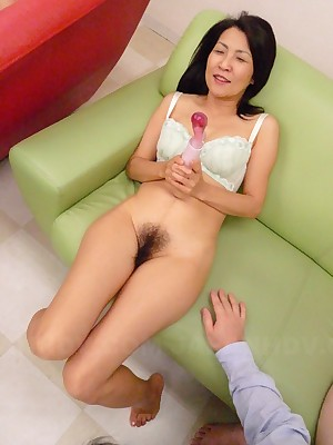 Heavy intercourse bauble be proper of a lord it over horrific Japanese MILF | Japan HDV