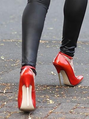 Girls concerning Latex Leggings
