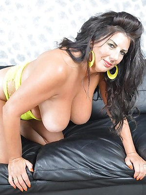 LuLuLush-Oiling surrounding my titties be incumbent on you Pictures