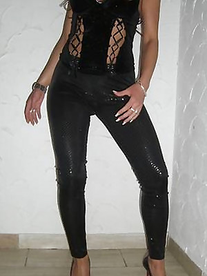 Girls just about Latex Leggings