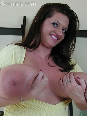 Maria Moore BBW Beamy Breast Milf
