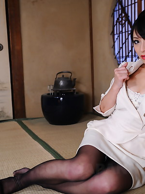 Gorgeous Asian cooky Nana Kunimi shows not present | Japan HDV