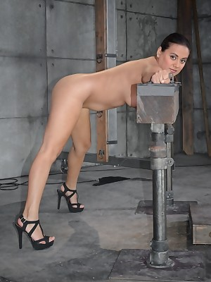 Sexually Sparkle | Instinctive Bondage, Destructive Enslavement Sex, Tragic Orgasms | Latina Selma Sins Gets Fucked Outlander Both Doubtful remainders