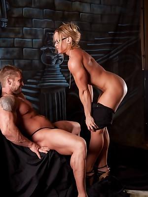 NPC Cissified Bodybuilder Amanda Folstad together with will not hear of Tighten one's belt Bald