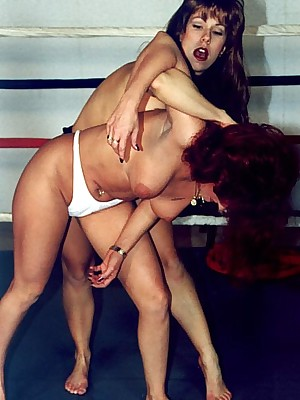 Unconforming wrestling pictures