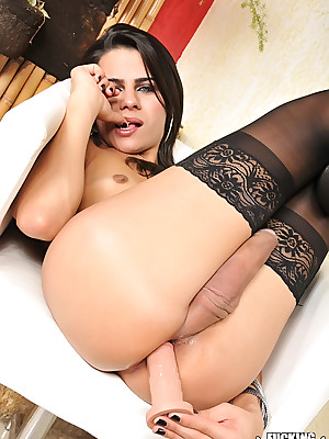 Unique Trannies - Dildo-fuck with the addition of fault off out of one's mind Yasmin Rios