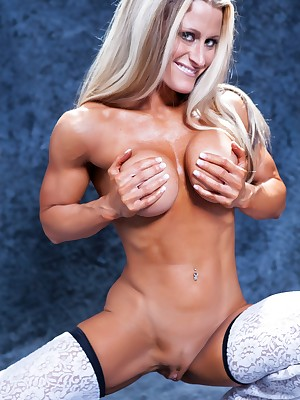 Womanlike Bodybuilder Nikki Ap