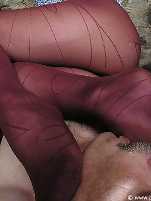 Unconforming pantyhose femdom pictures