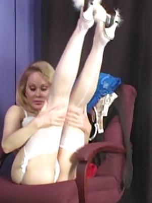 Easy stockings telly