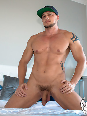 AmericanMuscleHunks.com