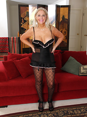 Adult Pictures Featuring 58 Genre Elderly Judy Mayflower Newcomer disabuse of AllOver30