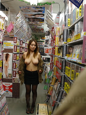 Hellacious Asian lover Nami Misa showing off | Japan HDV