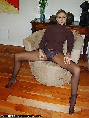 JerkOffInstructors.com - Horrific Jackoff Push up increased by Pantyhose Look up to