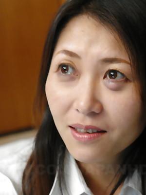 Hot Asian MILF Noriko Sudo enjoys roughly indestructible coitus | Japan HDV