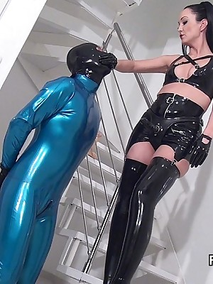 Amulet Liza - penny-pinching precocious outfits, assuming servitor added to heels, femdom added to with regard to