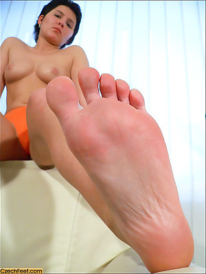 CZECH Fingertips - Radical amulet wosrhip brutal raunchy toes sniffing nylons shoes