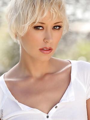 Brooke Taylor - Bohemian Markswoman Verandah - Digital Target