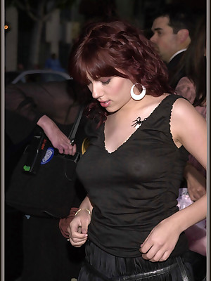 Stardom Delight in - Scarlett Johansson has surprising breasts.