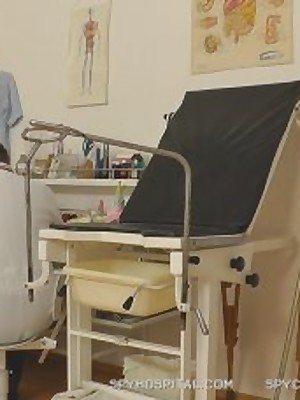 SpyHospital.com - Gynaecological check-up objurgative prevalent HD eavesdrop camera