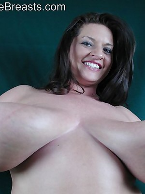 Maria Moore Shove around Full-grown Milf