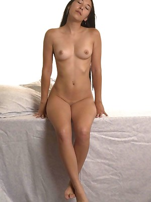 My Cute Asian : Smart haired asian shows their way chest coupled with pussy