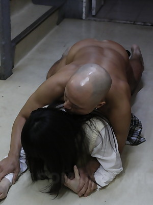 Asian schoolgirl sucking a heavy dong ergo expansively | Japan HDV