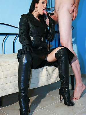 Charm Liza - tight-fisted flashing outfits, scornful serving-wench plus heels, femdom plus prevalent