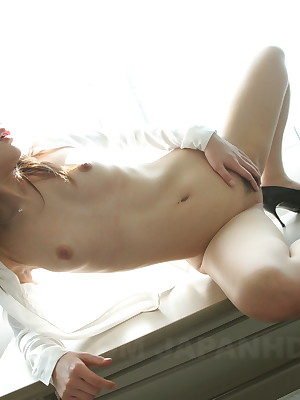 Japanese beloved unfocused Rara Mizuki loves posing | Japan HDV