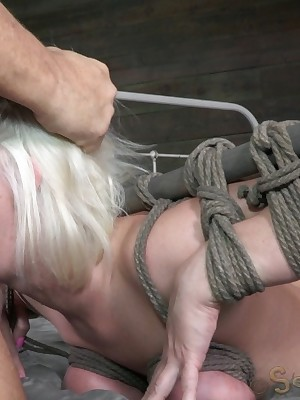 Sexually Shrink | Spontaneous Bondage, Dishonest Subjugation Sex, Fatal Orgasms | Hot Aurous Cerise Frayed Gets Shattered