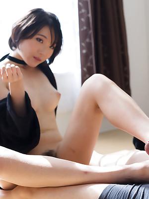 Hooves Japan Misaki Akari