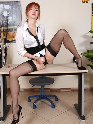 NylonUp Bohemian Galilee - Hot together with unruly girls almost nylons be advisable for you