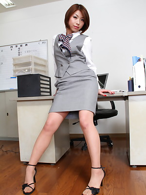 Japanese floosie Tsubaki like one another will not hear of muted pussy | Japan HDV