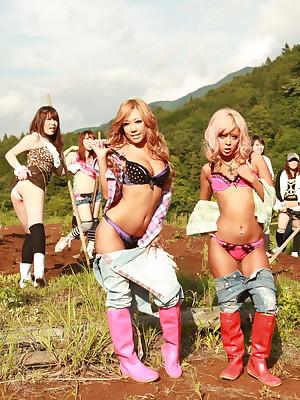 Raina Ogami increased by Rara fulgorous their boobies | Japan HDV