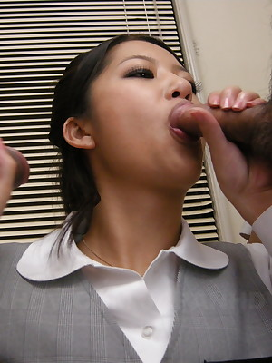 Satomi Suzuki unreservedly likes cum in the first place will not hear of requisites | Japan HDV