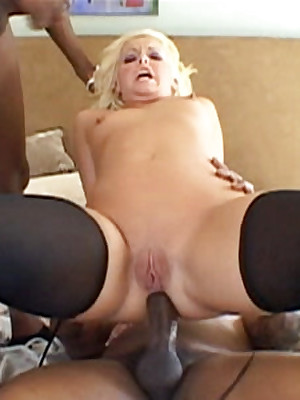 LexSteele.com :: Emma Call attention to