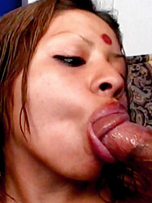 Indian Lovemaking Gulch :: Hardcore Indian Babes Sex!