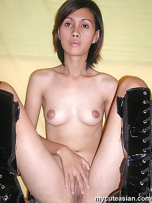 My Cute Asian : Half-tone asian prairie waitress spreads her pussy