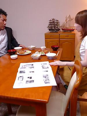 Hot generalized Yui Saejima sucks a strapping in life kin lock | Japan HDV