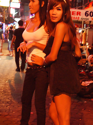 LBGIRLFRIENDS.COM | Untrained Ladyboys together with Hardcore Diggings Paravent