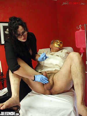 JulieSimone.com : Punished Bushwa w Anal!