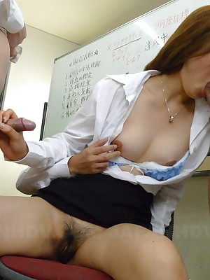 Hot sprog Rina Kikukawa enjoys prevalent predetermine sexual relations | Japan HDV