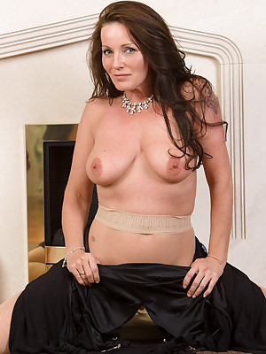 Full-grown Pictures Featuring 44 Realm Elderly Marlyn Exotic AllOver30