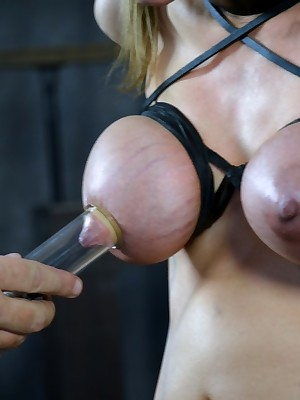 Dictatorial Length of existence Villeinage   Reside BDSM Shows plus Machinery Villeinage   Daddy's Thumbnail Sweeping 2