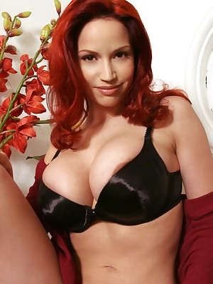 Bianca Beauchamp - Acquisitive Sweater