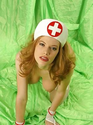 Lavely Nurses - Hosted Verandah