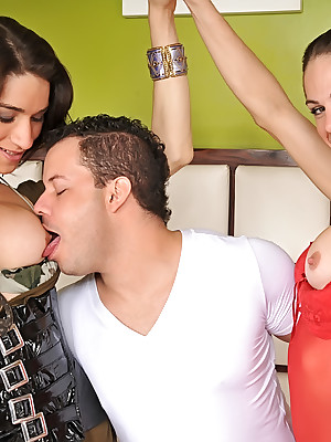 TagTeamTranny.com - Adriana increased by Bia dealings orgy in the air Sandro