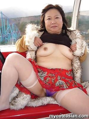 My Cute Asian : Asian bush-leaguer housewife shows the brush fat breast
