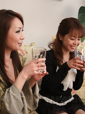 Lesbo gals Yuko coupled with Ryo Shinohara insufficiency carnal knowledge | Japan HDV